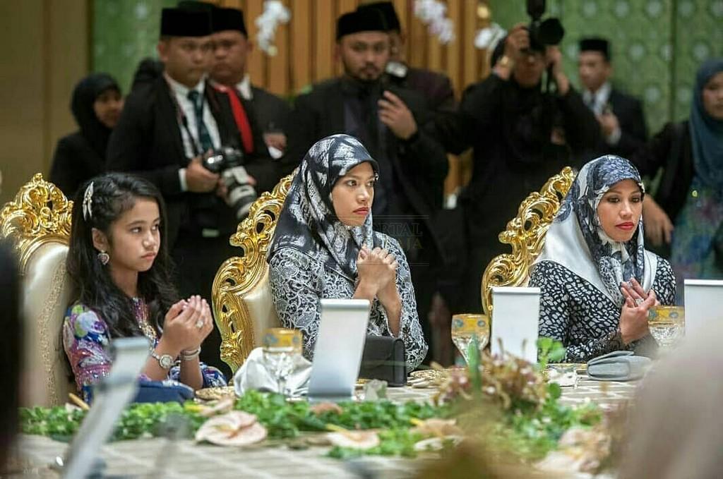 Lawatan SPB Yang Di-Pertuan Agong ke Brunei (1)