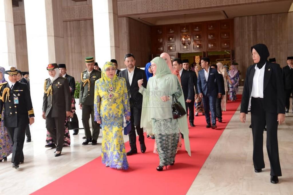 Lawatan SPB Yang Di-Pertuan Agong ke Brunei (4)