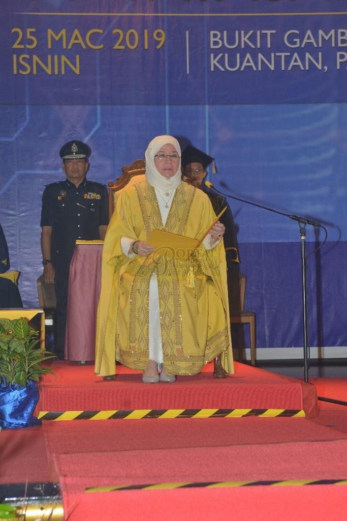 10Raja Permaisuri Agong Dimasyhurkan Canselor UCYP Pertama