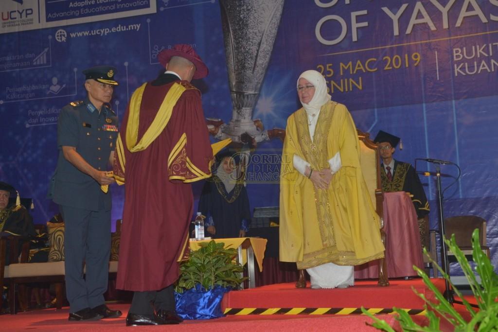 12Raja Permaisuri Agong Dimasyhurkan Canselor UCYP Pertama