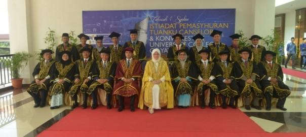 22Raja Permaisuri Agong Dimasyhurkan Canselor UCYP Pertama