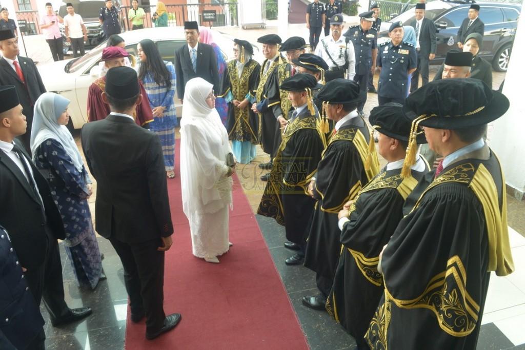 6Raja Permaisuri Agong Dimasyhurkan Canselor UCYP Pertama