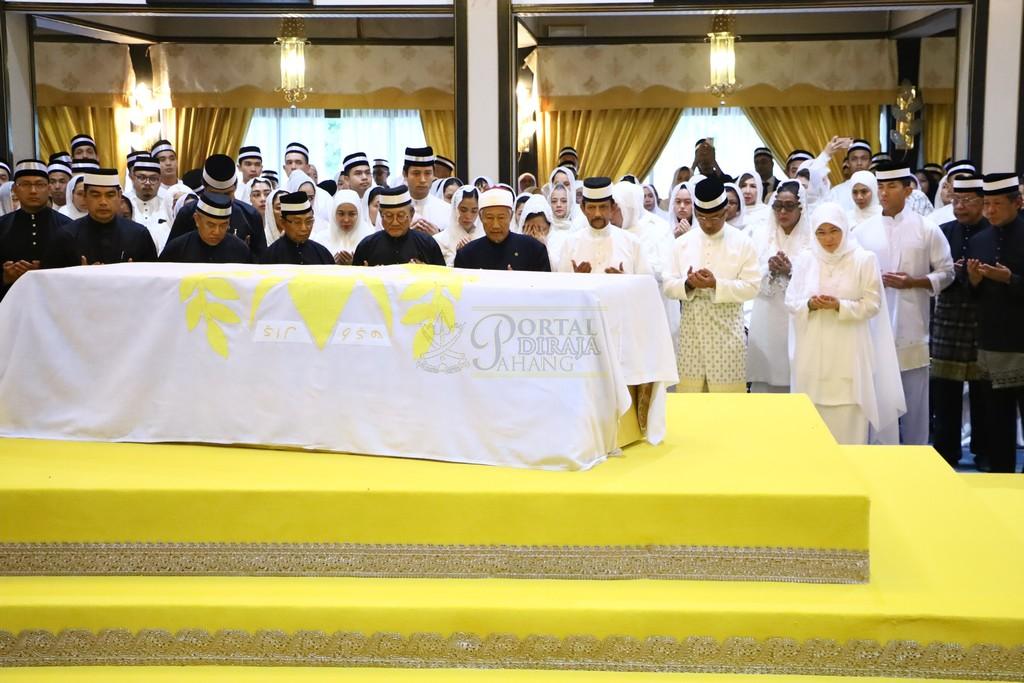 Majlis Istiadat Pemakaman KDYMM Paduka Ayahanda (17)
