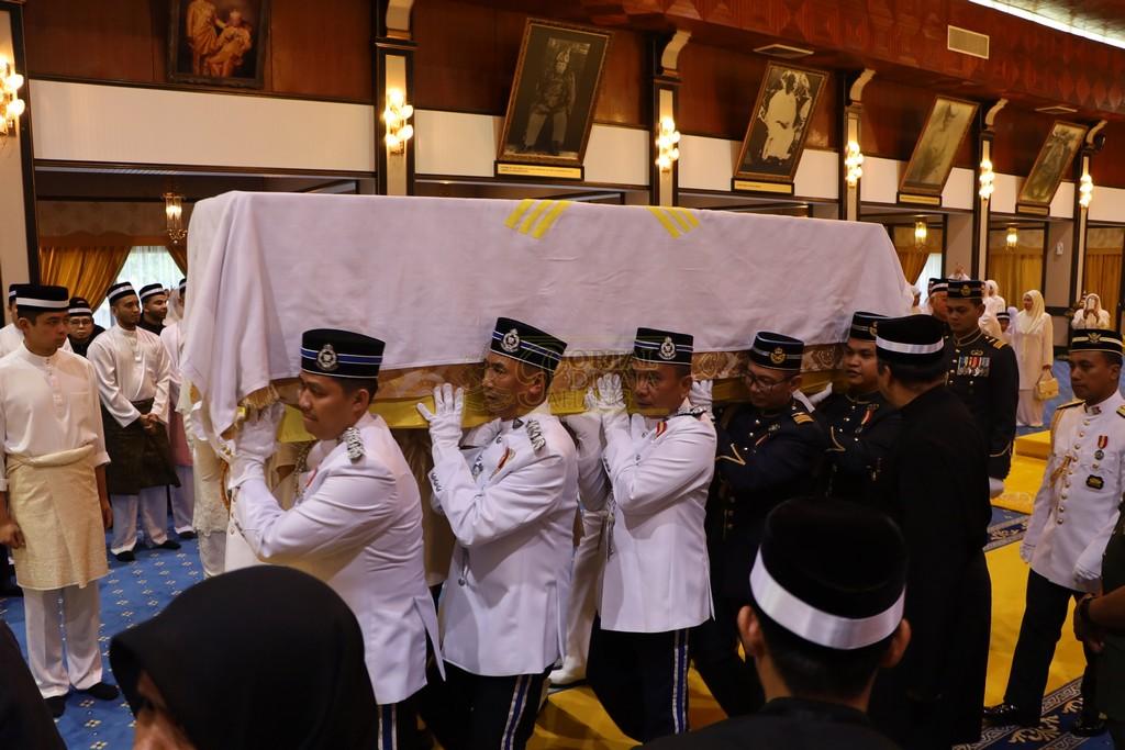 Majlis Istiadat Pemakaman KDYMM Paduka Ayahanda (22)
