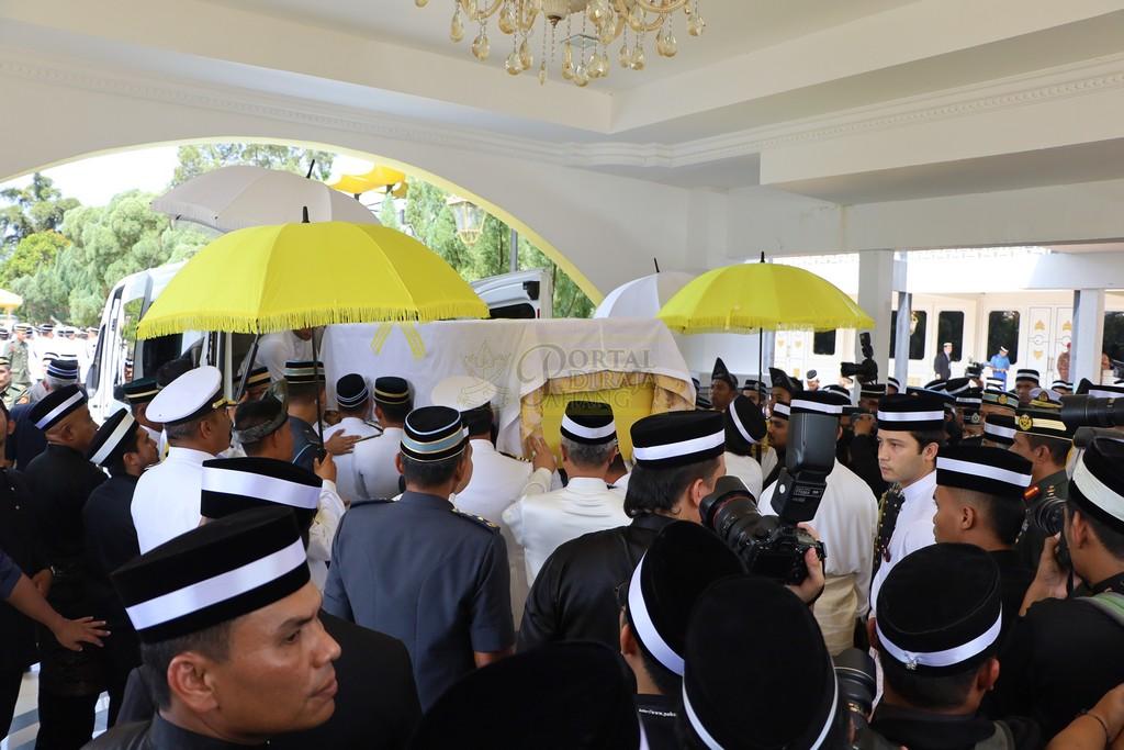 Majlis Istiadat Pemakaman KDYMM Paduka Ayahanda (26)