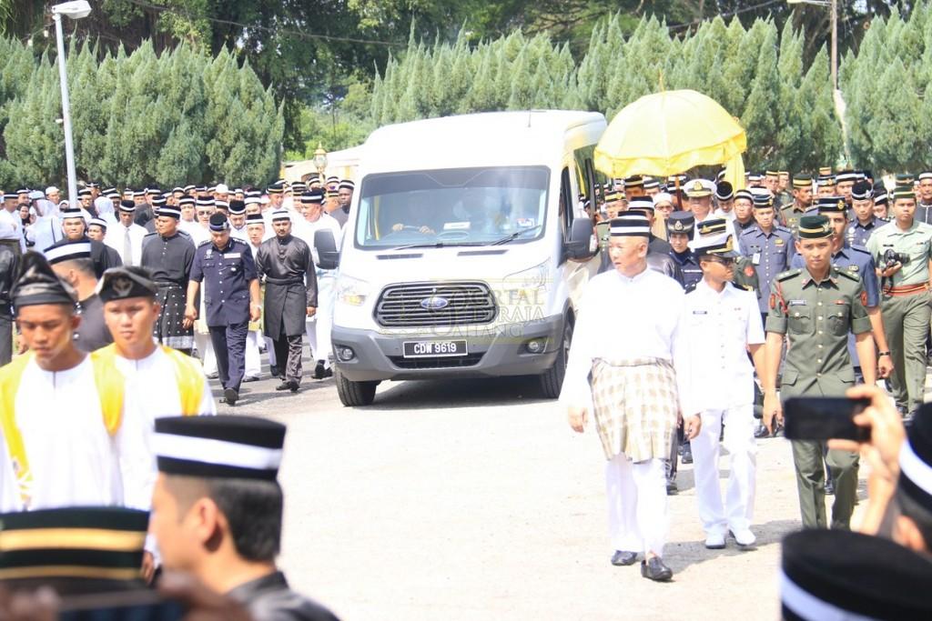 Majlis Istiadat Pemakaman KDYMM Paduka Ayahanda (32)