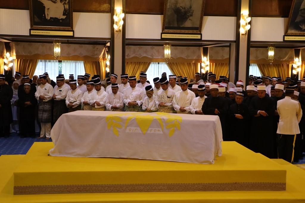 Majlis Istiadat Pemakaman KDYMM Paduka Ayahanda (4)