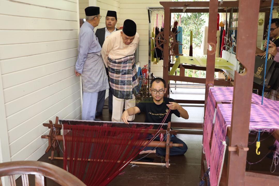 LAWATAN RAMAH MESRA ORANG BESAR SELANGOR KE MAJLIS UGAMA ISLAM PAHANG00002