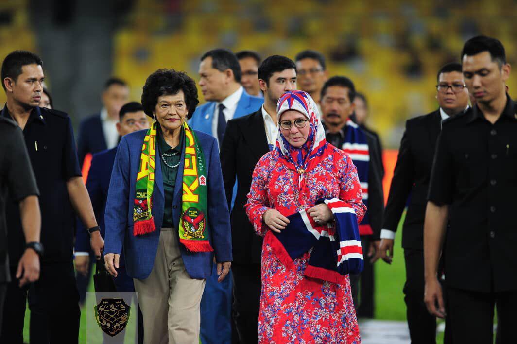 KDYMM Tunku Azizah Menyampaikan Piala Malaysia 2019 (2)