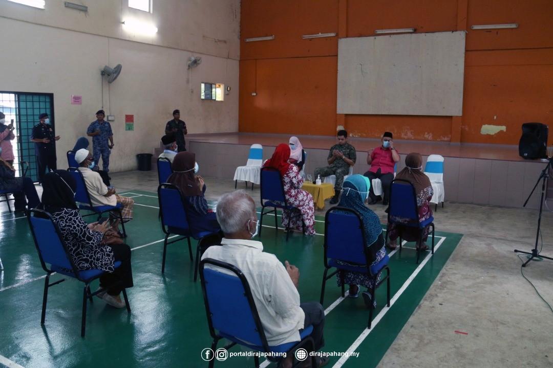 KDYMM Pemangku Raja Pahang Kurnia Bantuan 18 Mangsa Ribut (1)