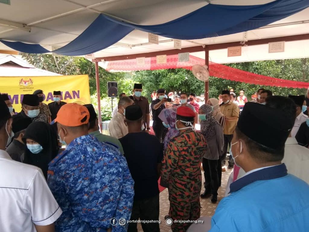 Melawat Mangsa Banjir (12)