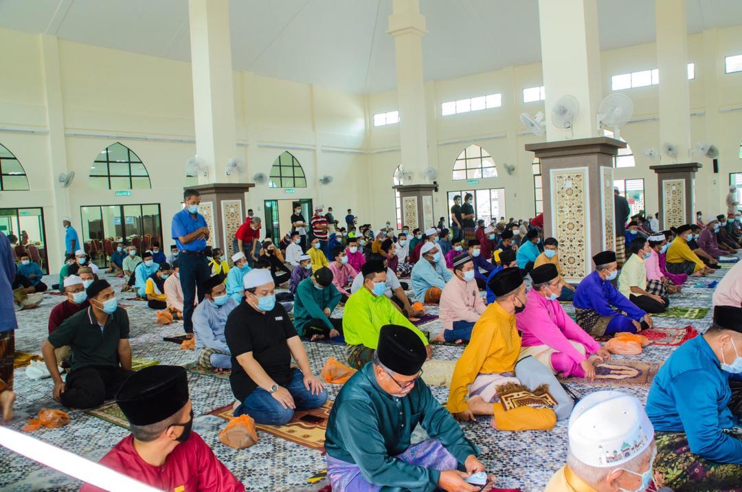 Solat Jumaat Pertama di Masjid Baru Benta (10)