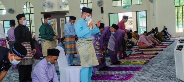 Solat Jumaat Pertama di Masjid Baru Benta (3)