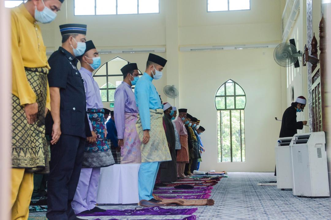 Solat Jumaat Pertama di Masjid Baru Benta (5)