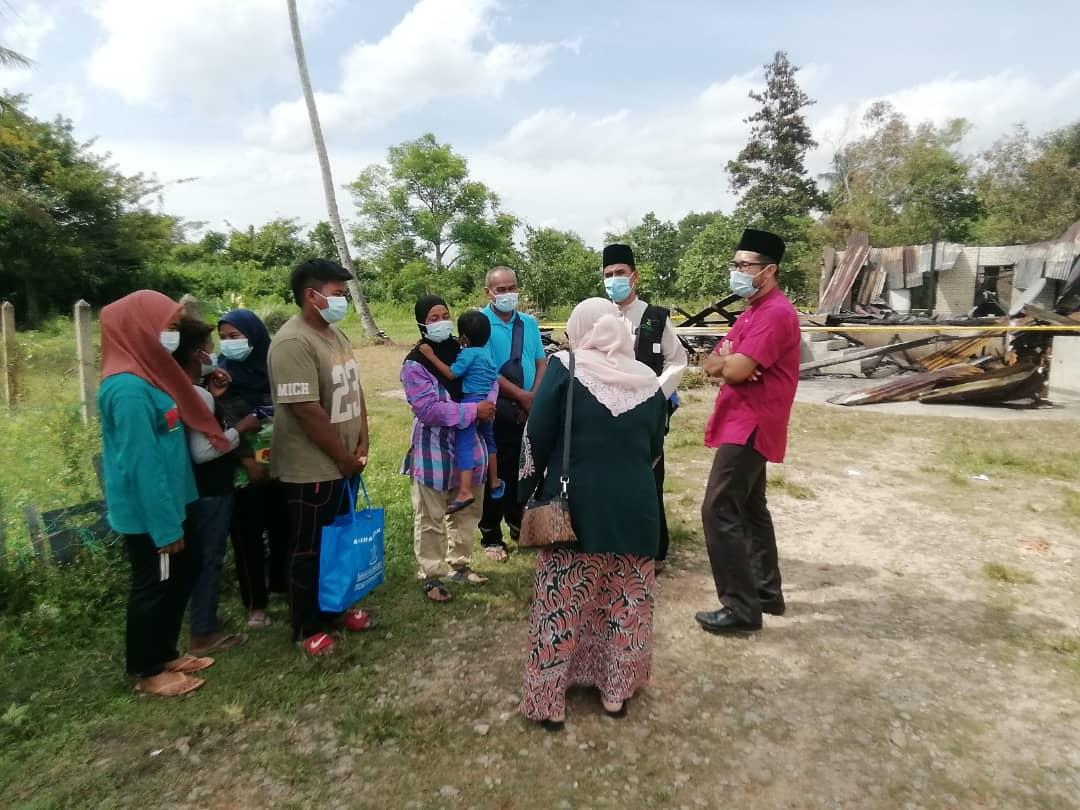 KDYMM PRP Santuni Keluarga Mangsa Kebakaran (1)