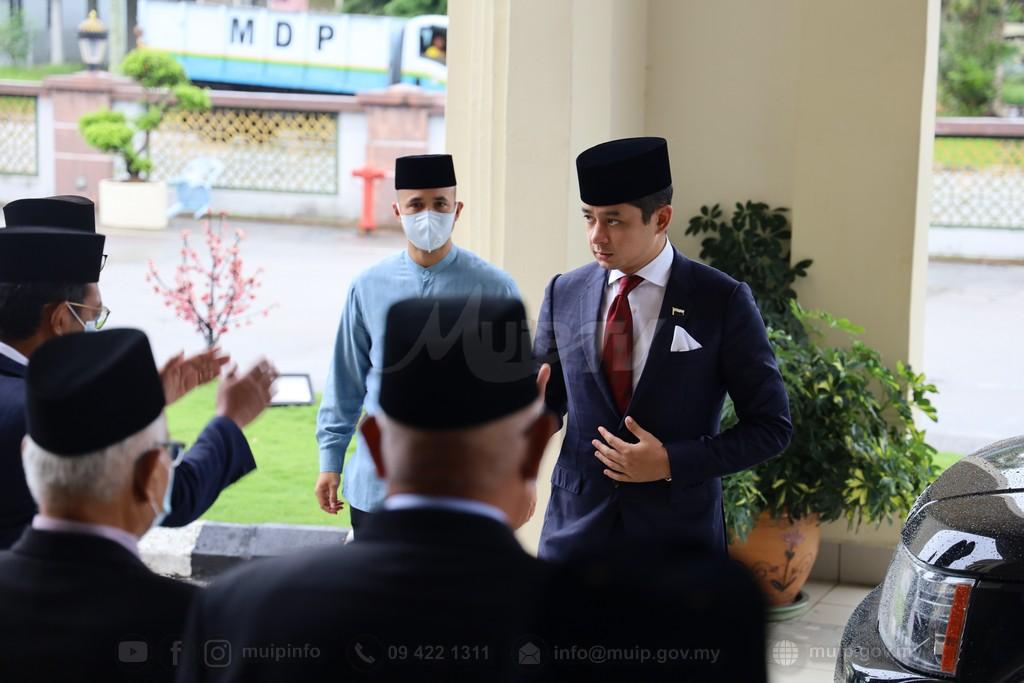 lawatan-persatuan-alumni-kulliah (1)