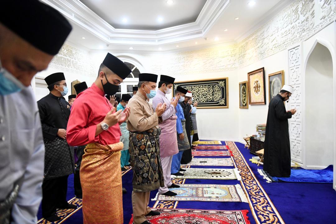 Majlis Bacaan Yasin Dan Doa Selamat (2)